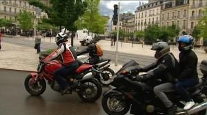 """À Dijon, les motards défilent contre la """"motophobie"""""""