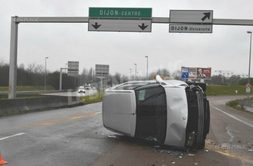 Dijon : accident sur la rocade !