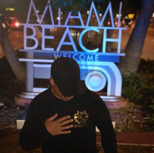 Livraison d'alcool sur Miami Beach 24/24 Floride USA - CALL +33 695 285 600